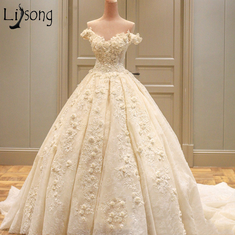 Princess Real Wedding Dress 2018 Off Shoulder Long Train Luxury Bride Dress with Lace Appliqued Flower