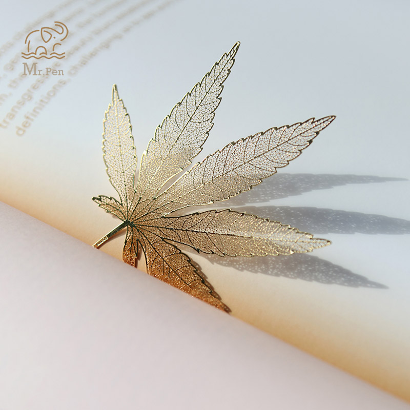 Creative Chinese Style Gifts Metal Hollow Cmaple Leaf Bookmarks With Tassel Craft Art Office Accessories School Stationery