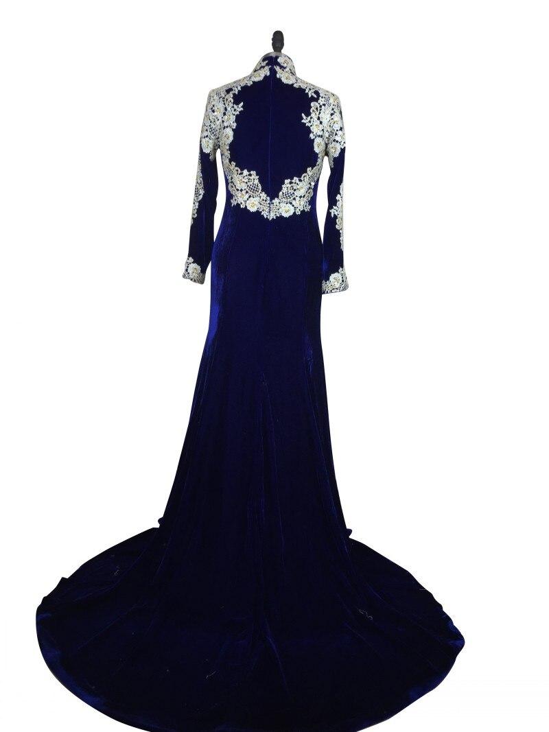 Royal Blue Velvet Abendkleid Charming Frau Langen Ärmeln High Neck ...
