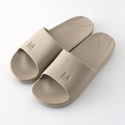 MA1 nuevas sandalias y zapatillas de verano plástico interior y exterior Zapatillas de casa hombres y mujeres baño antideslizante Zapatillas de casa