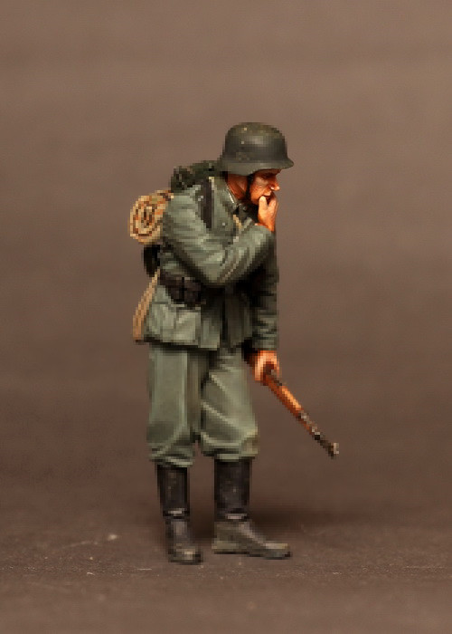 pre order-Resin toys  3522   German infantryman.  Free shipping  Quality products resin assembly kits 1 9 200mm police girl 200mm unpainted kit resin model free shipping