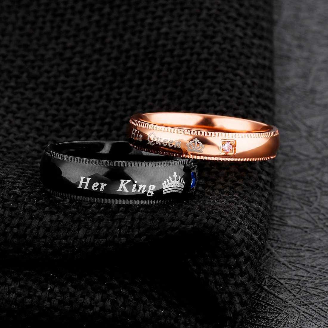 Jiayiqi แฟชั่นของเธอ King Queen แหวนผู้ชายสแตนเลส CZ คริสตัลมงกุฎแหวนคู่เครื่องประดับงานแต่งงาน