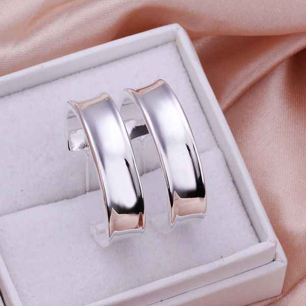 Wholesale High Quality Jewelry 925 jewelry silver plated half Round Earrings for Women best gift SMTE078