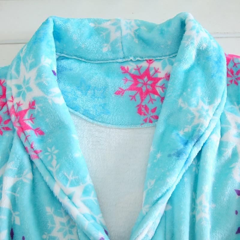 Mother and Daughter Long Sleeves Winter Flannel Bathrobes Elsa Anna Girl Coral Velvet Bath Robes Kids Pajamas Family Homewear