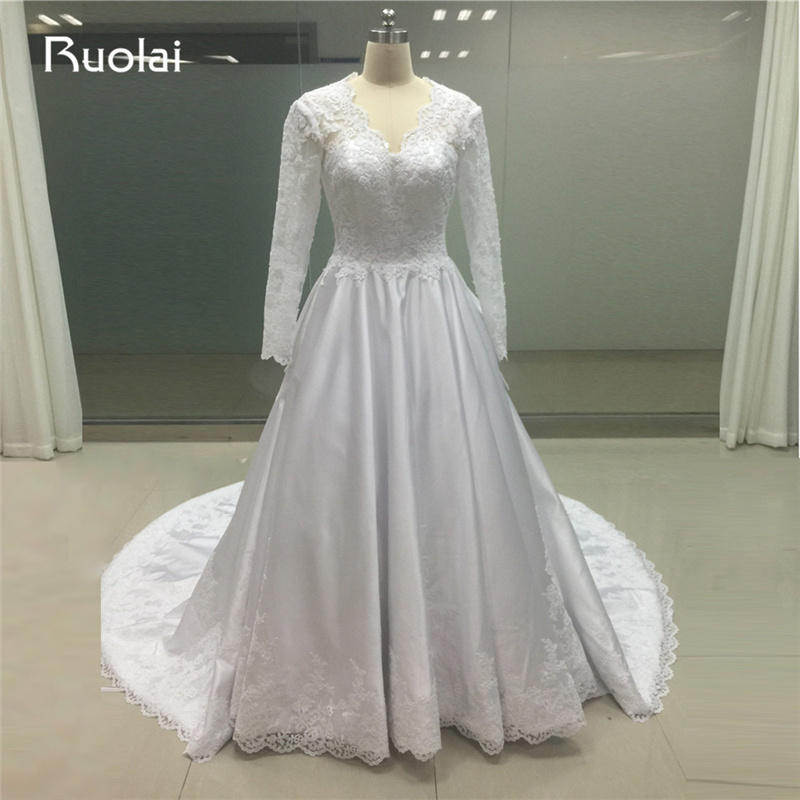 China Long Sleeves Wedding Dress Custom Made Lace Princess: Real Photo Custom Made V Neck Lace Wedding Dresses Long
