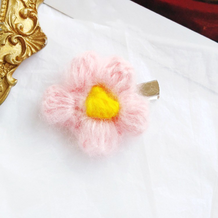 Hot Sale 2019 1Pcs Fashion Wool Rose Flower Hair Clips Cute Flower Headwear Accessories Beauty Hairgrips(China)