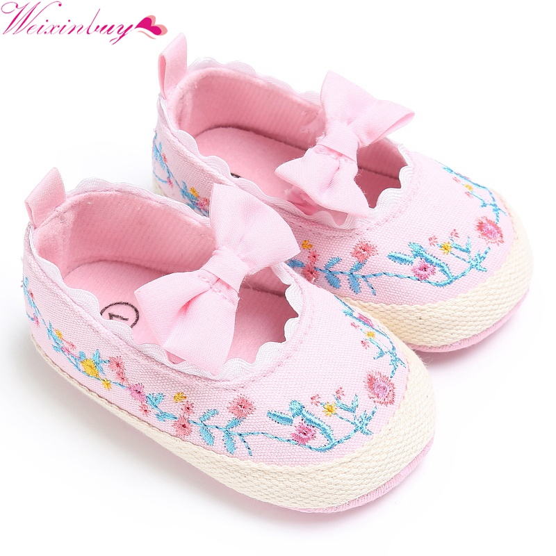 Newborn Kid Girl On The Bowknot Embroidery Cloth Cover Princess Crib Soft Shoes Newborn Comfy Outdoor Baby Shoes 0-18M