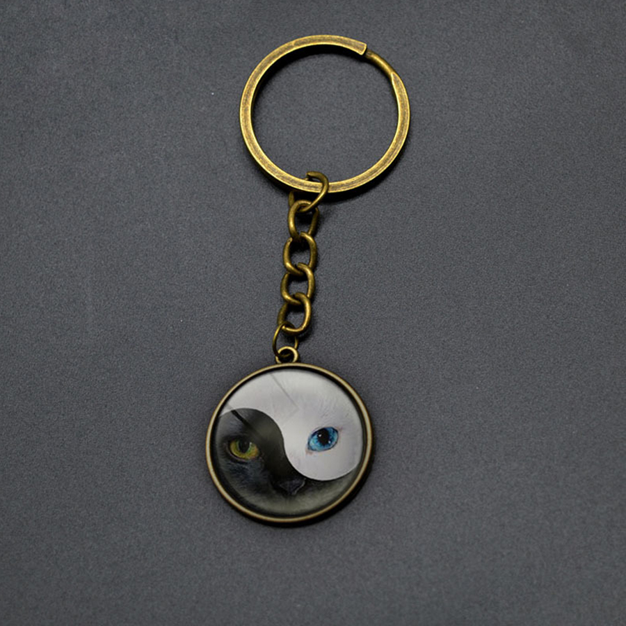 4 Colors Tai Chi Yin and Yang Cat Face Pendant Key Ring Retro Chinese Style Round Pendant Key Chains Keyring For Women Men Gifts