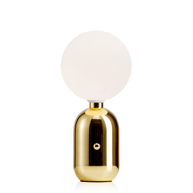 Simple Table Lamp Post Modern Style Lamp Plate Metal Gold Black