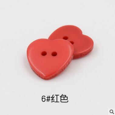 Красивые 1 лот = 100 шт полимерные кнопки в форме сердца 2 отверстия пластиковые кнопки Швейные аксессуары для одежды DIY для детской одежды кнопка мешок - Цвет: 6-red