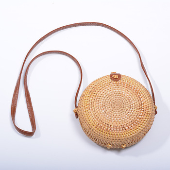 Vintage Handmade Rattan Woven Shoulder Bags PU Leather Straps Bow Hasp Holiday Beach Crossbody Bag Messengers Women Handbag