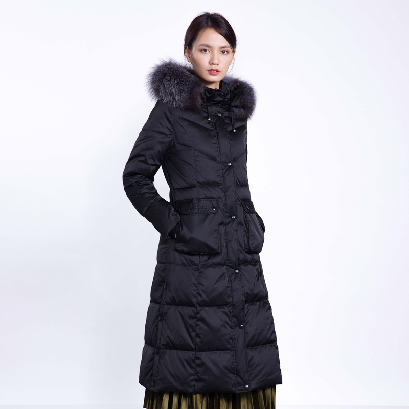 YNZZU Brand 2018 Winter Women's Down Jacket Elegant Extra Long with Large Real Fox Fur Collar Hooded Warm Duck Down Coats O634