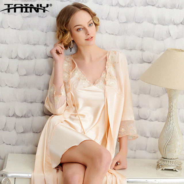 TAINY 2017 New European American Fashion  Knee-length Silk Sexy Soft Thin Women Lady Pajamas Robe & Gown Sets 2 Pcs /sets
