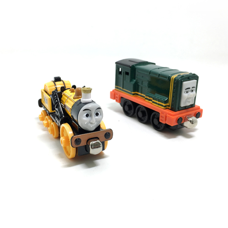 T0153 Diecast Magnetic THOMAS and friend Paxton and StephenThe Tank Engine take along tr ...
