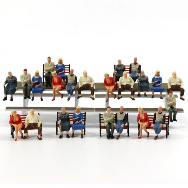 P4804 24 pcs All Seated Figures O scale 1:48 Painted People Model Railway NEW 3