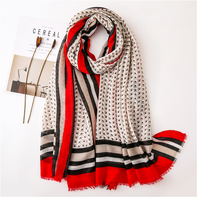2019 Fashion Geometric Striped Fringe Viscose Shawl Scarf Women High Quality Print Pashmina Stole Bufandas Muslim Hijab 180*90Cm