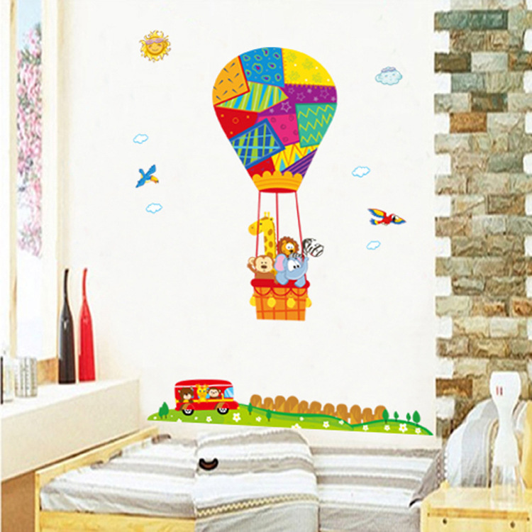 New Design Children Theme Cartoon Hot Air Balloon Animal Home Decoration Wall Stickers Living Room Wall