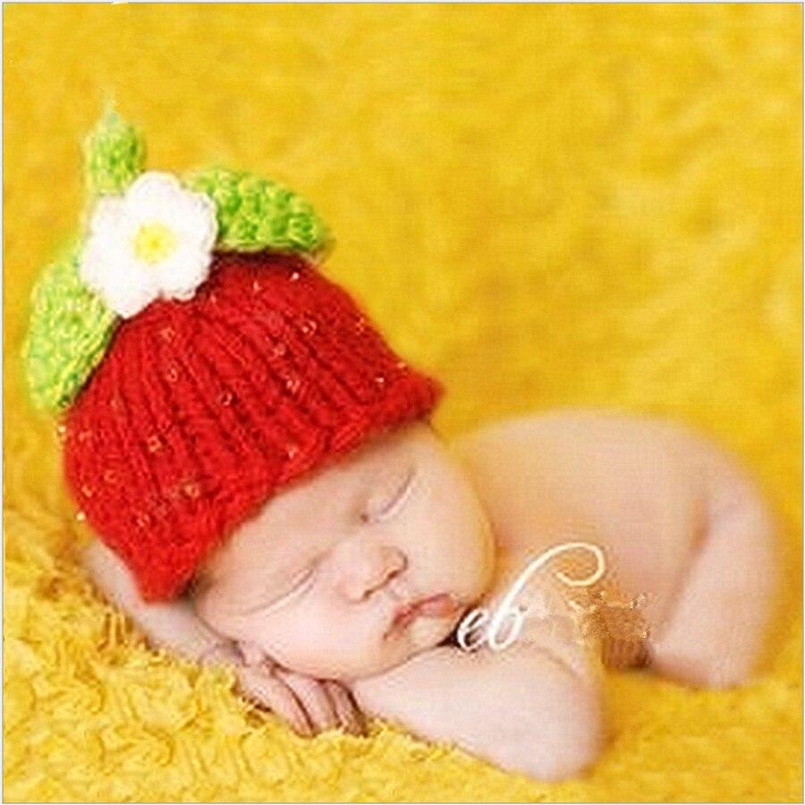 Red infant hat hip hop knitted custom plant flower on leaf baby winter hats  for toddler girls dresses favors birth nesting head 20193f48d18