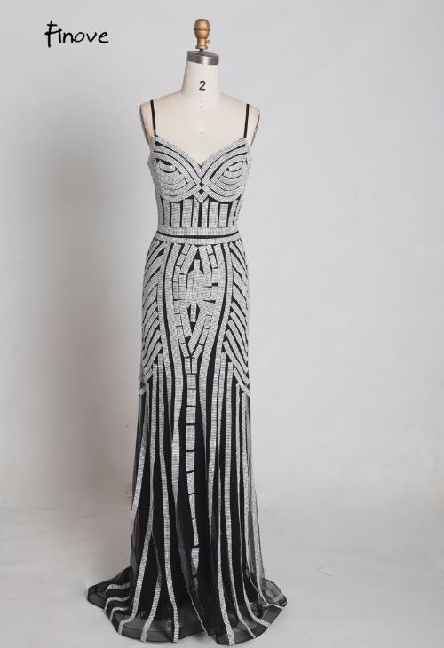 Finove/Вечерние платья цвета шампанского, элегантные сексуальные вечерние платья без рукавов с v-образным вырезом, украшенные кристаллами и бисером, длинные платья для выпускного вечера для женщин - Цвет: Black and Silver