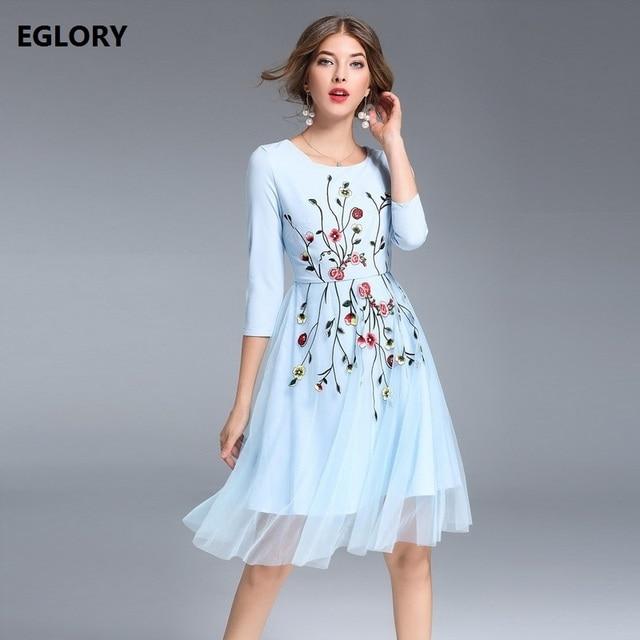 1807c2aff8 Roupas Moda Feminina Doce Estilo europeu Americano 2017 Outono Inverno  Vestido de Malha Bordado Floral Patchwork