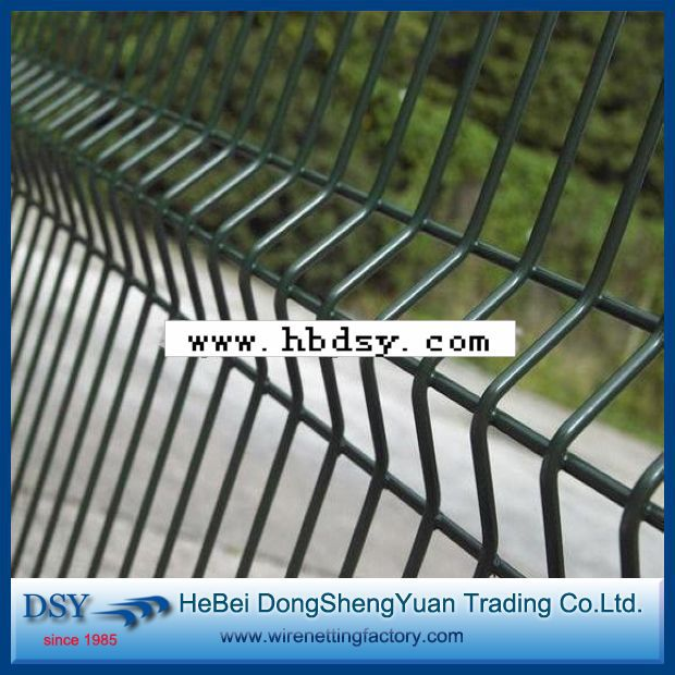 Heavy duty 3 folds pvc coated (RAL6005) galvanized welded wire mesh ...