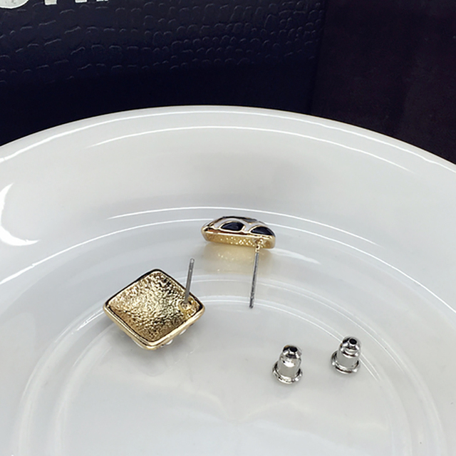 Square Earring  4