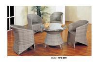 تصميم جديد الحديثة الأوروبي السامي عودة شيار الجدول كرسي شرفة الروطان مجموعة عطلة ترفيهية زجاج طاولة القهوة طاولة الشاي أثاث