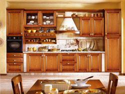 Изготовленная на заказ кухонная мебель из цельного дерева