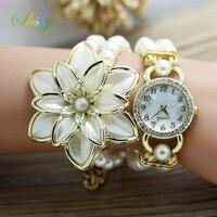 New Fashion Women Rhinestone Watches Ladies Pearl Strap Many Petals Flower Bracelet Quartz Wristwatches Women Dress