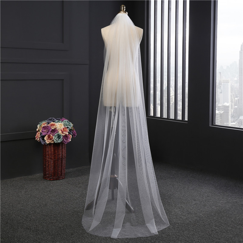 2018 Cheap 2M Cut Edge White Long Bridal Veils One Layer Cheap Comb 1T Wedding Veils with Comb 4