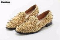 Nueva fábrica personalizada lttl logo hombres lujo shinny Glitter oro y plata puntas deslizamiento en mocasines remaches hombres casual zapatos