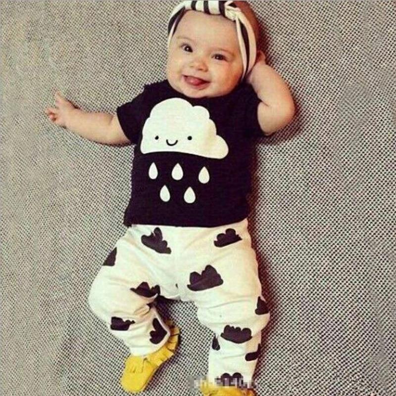 Eceran 2016 Musim Panas Gaya Pakaian Bayi Set Pakaian Bayi laki-laki Katun Awan Hujan Lengan Pendek 2 pcs Pakaian Bayi Laki-laki