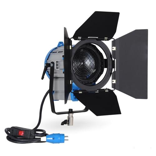 bilder für NiceFoto SP-650 fotoausrüstung/zubehör HMI Fresnel-licht 650 watt Kontinuierliche beleuchtung