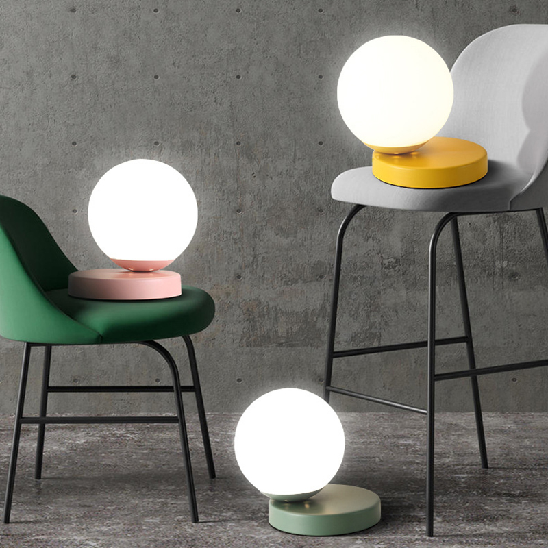New Nordic creative modern minimalist bedroom bedside living room dining room study Macaron decoration glass ball table lamps tiffany european creative table lights countryside bedroom bedside study room living room cafe bar hotel wedding table lamps