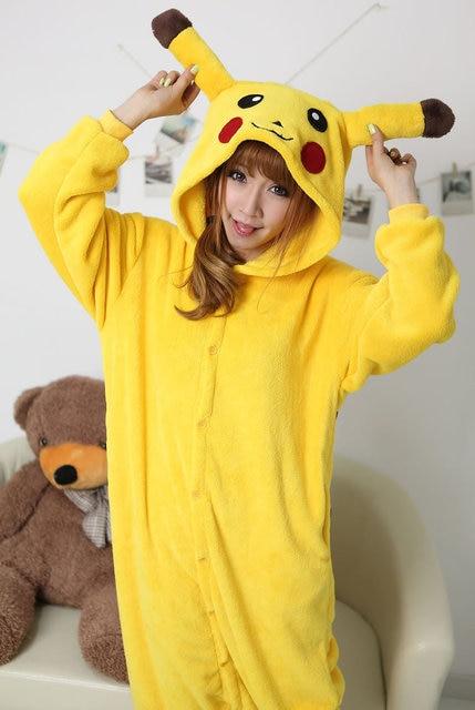 Nueva adulto Pikachu onesies animal Cosplay Pijamas Pokemon mujeres hombres  Halloween traje jumpsuit ropa Pocket monster 39a714c118f1
