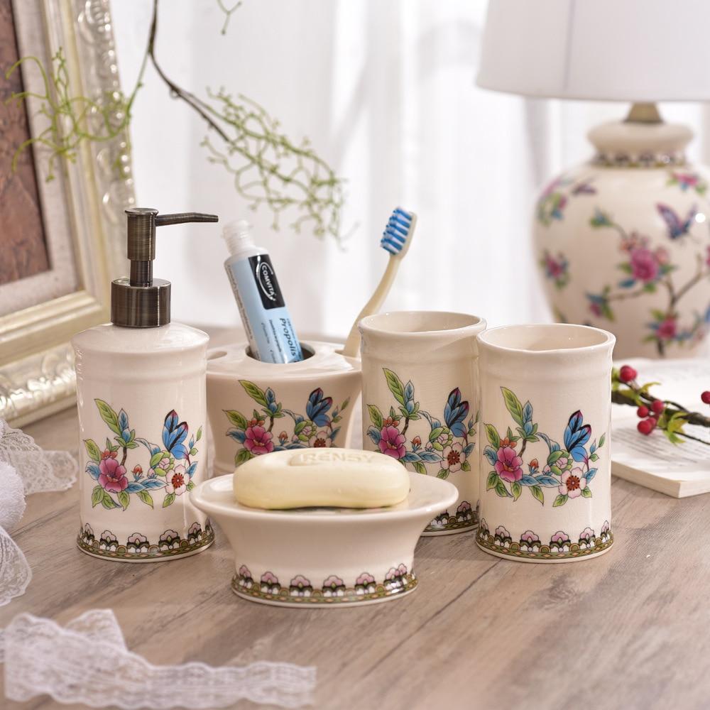 Salle de bains en céramique créative américaine lavage et rinçage ensemble de salle de bain cinq pièces lavage et rinçage marchandises cadeau de mariage