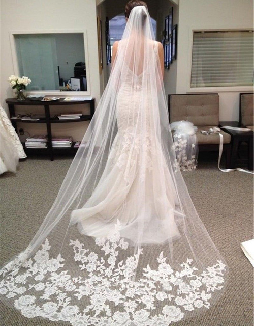 2016 Fashion Lace Appliqued 3 meters One Layer White Long Bridal Veils Custom Made Elegant Wedding Gowns Accessories PJ223