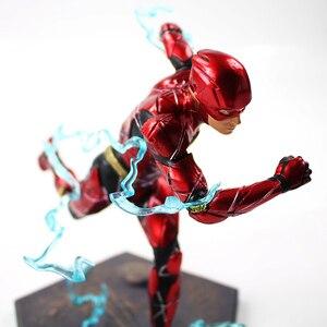 Image 5 - 16Cm Đèn Flash Sắt Studios Công Lý Giải Nghệ Thuật Quy Mô 1/10 Nhựa PVC Đồ Chơi