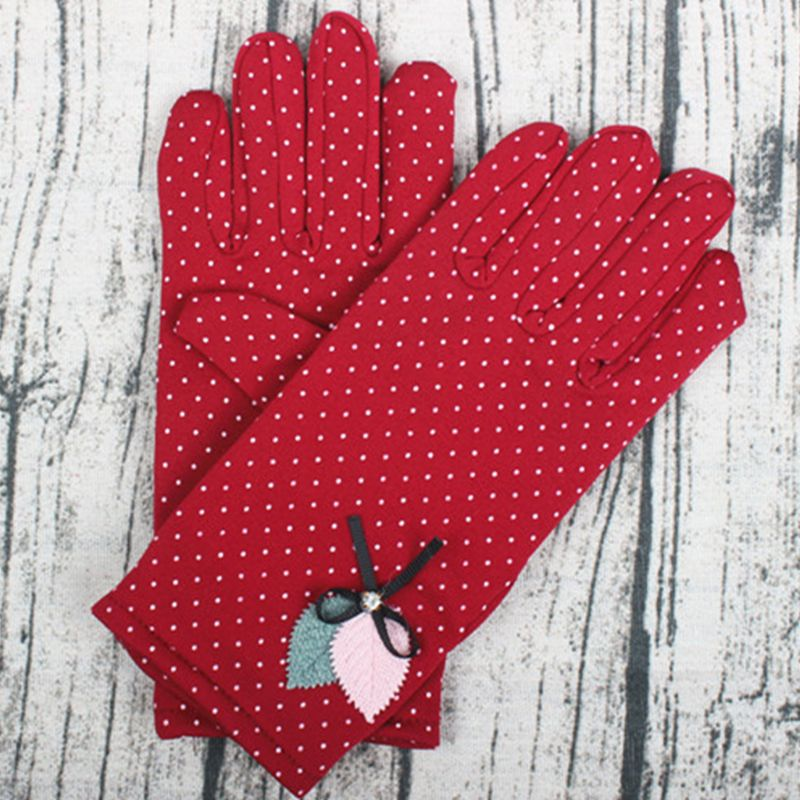 New Fashion Elegant Female Wool Touch Screen Gloves Winter Women Warm Full Finger Leather Bow Dotted Embroidery Gloves