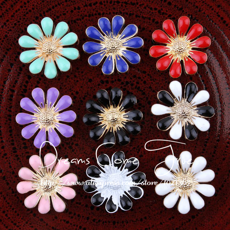 200pcs lot 18MM 9Colors Shinny Metal Decorative Buttons For Kids Hair Accessories FlatBack Flower Buttons For
