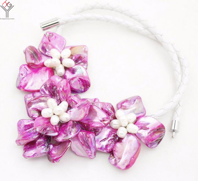 Women classic jewelry natural white pearl 3 purple flowers pendant women classic jewelry natural white pearl 3 purple flowers pendant shell mother of pearl necklace white mightylinksfo