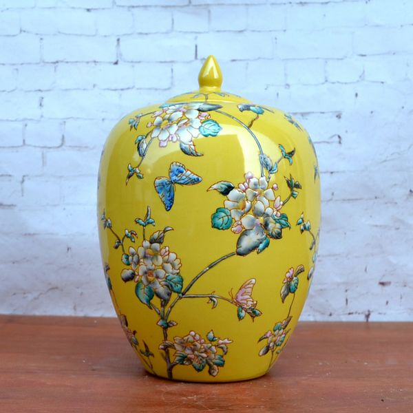 Tao Caicai, the new Chinese classical pastel yellow ceramic ornaments decoration of porcelain pot with cover model room decorati