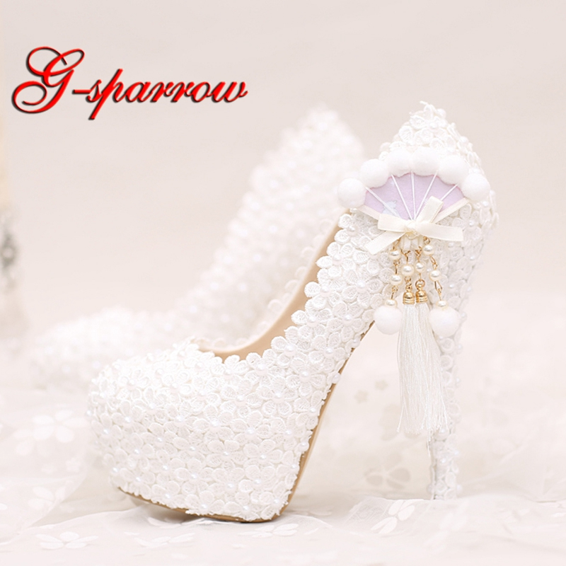 White Lace Wedding Shoes Platforms Beautiful Women Pumps with Appliques Tassel Gorgeous Design Bridal Party Prom Shoes 2018 handmade pink lace wedding shoes women pumps bridal dress prom shoes party shoes beautiful applique bridesmaid shoes