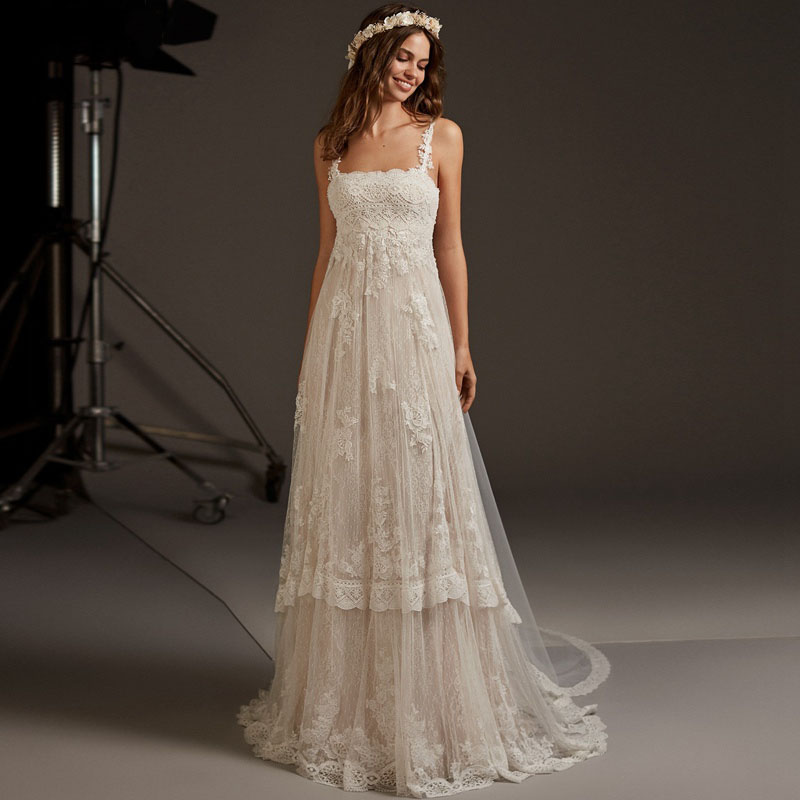 Eightree 2020 Beach Boho Wedding Dresses Appliques Lace Vestido Novia Boat Neck Wedding Gowns Zipper Bridal Dress Sleeveless