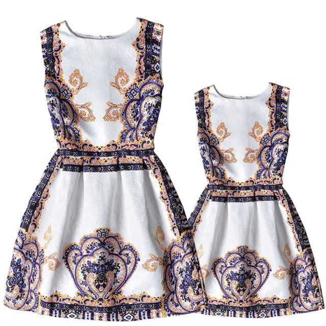 dd8e7f5650 2016 European style girls&women costume fashion print family clothing for  daughter&mother summer sleeveless family dresses girls
