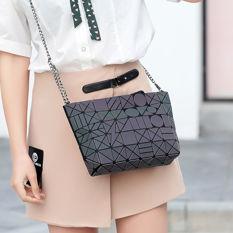 d26997f350 2018 summer Korean discolored women bag light geometric rhombus 5 8 single  shoulder oblique spanning bag messenger-in Top-Handle Bags from Luggage    Bags on ...