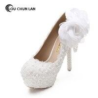 Blanc Dentelle Fleur Chaussures De Mariage Ultra Haute Talons Plate-Forme Chaussures Perle pendentif Mince Talons Chaussures De Mariée Chaussures 14 CM Livraison gratuite