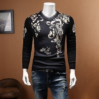V Neck Sweater Men Baroque Gold Print Sweater Men Slim Fit Pullover Men Sweaters 2018 Plus Size 5xl Casual Club Sweater Men