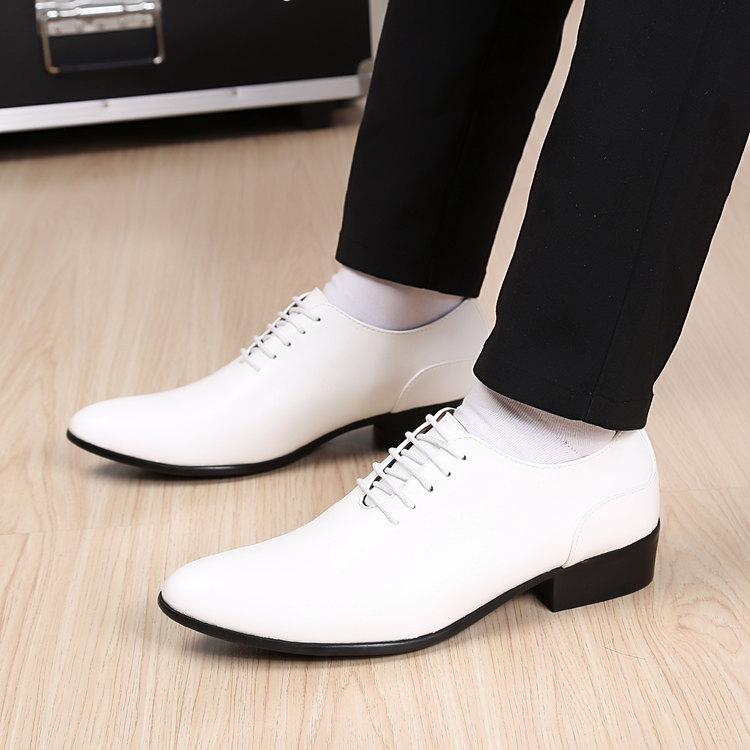2016 Korean fashion stylist men marry white pointed shoes British men s casual shoes free shipping