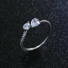 Женское кольцо в форме сердца с блестящим кубическим цирконием